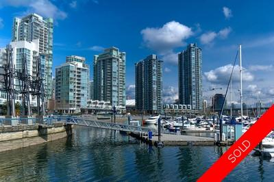 Vancouver West Yaletown Condo for sale: 2 bedrooms, 875 sq.ft.