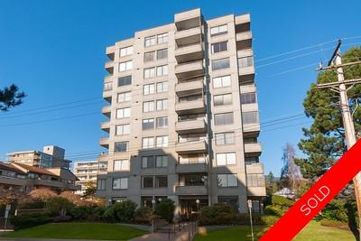 West Vancouver Ambleside Condo for sale: 2 bedroom 1,057 sq.ft.