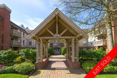 West Vancouver Dundarave Condo for sale: 2 beds 2 baths, 865 s/f